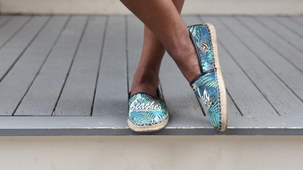 aug15 shoes close up